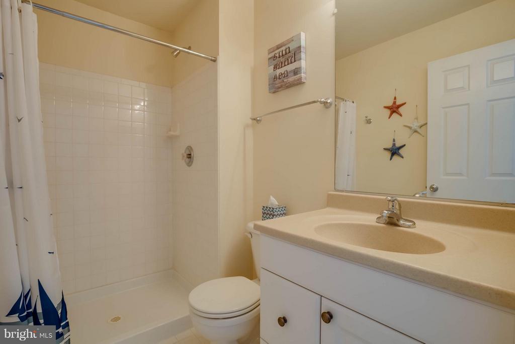 Basement Full Bath - 18499 SIERRA SPRINGS SQ, LEESBURG