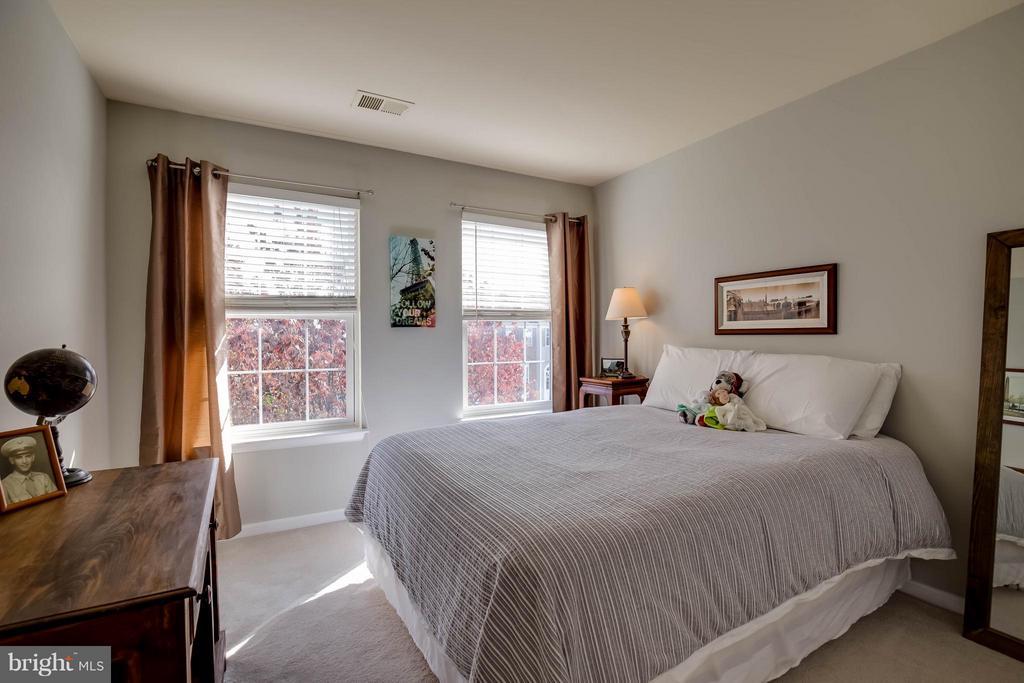 Bedroom #3 - 18499 SIERRA SPRINGS SQ, LEESBURG