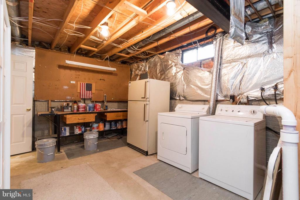 Storage and Laundry room - 15261 HYACINTH PL, DUMFRIES