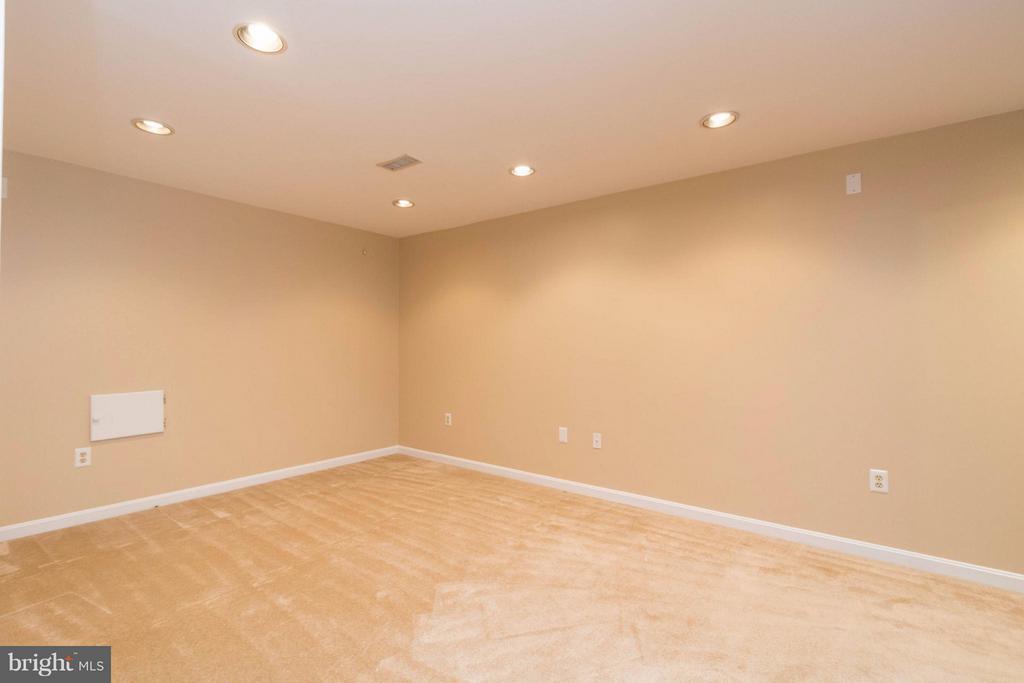 Rec room in basement - 15261 HYACINTH PL, DUMFRIES