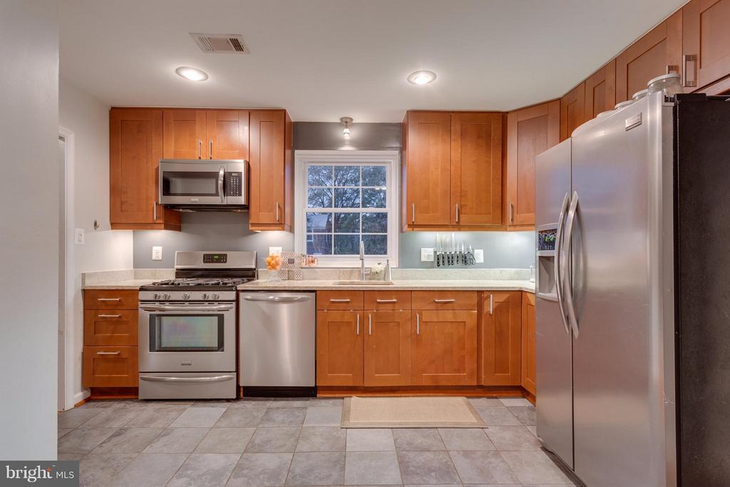Kitchen - 2961 SYCAMORE ST, ALEXANDRIA