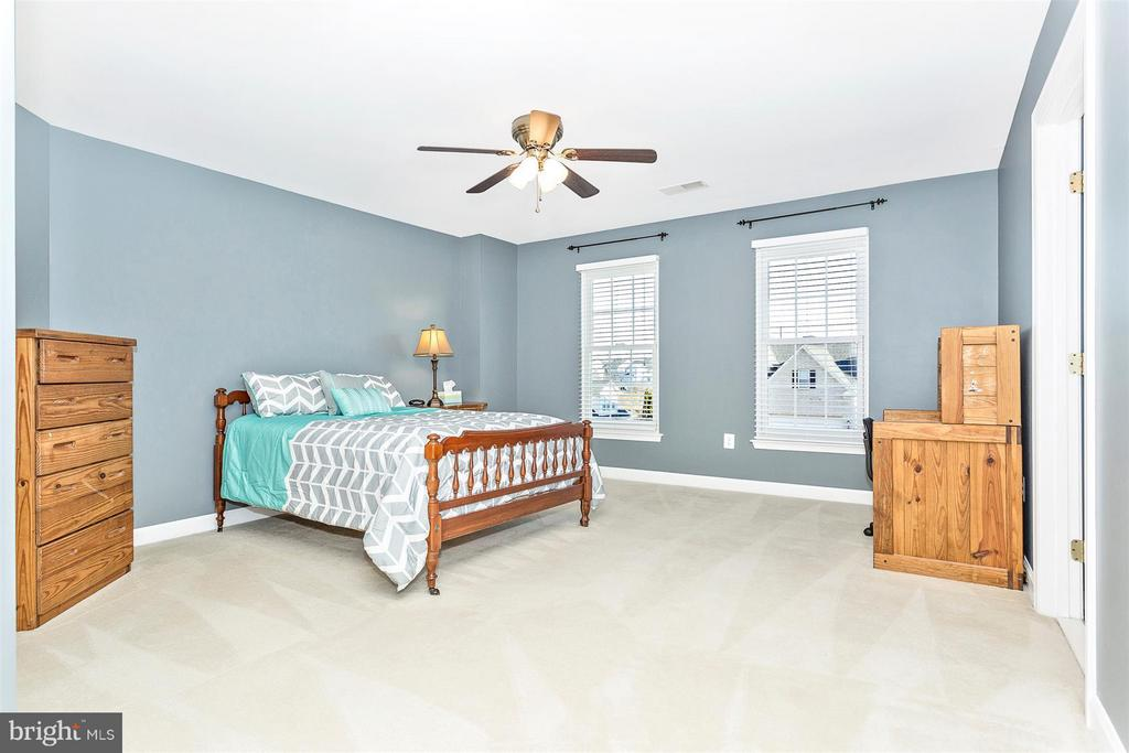 Bedroom 4 - 10411 WHITEROSE DR, NEW MARKET