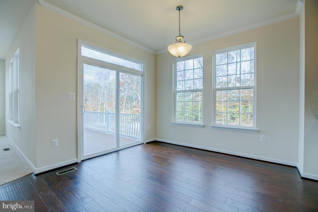 Dining Room- Walks Out To 9 x 15 Composite Deck - 312 PEAR BLOSSOM RD, STAFFORD