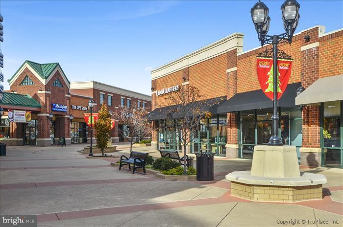 Westview shopping and restaurants promenade - 5507 WESTCOTT CIR, FREDERICK