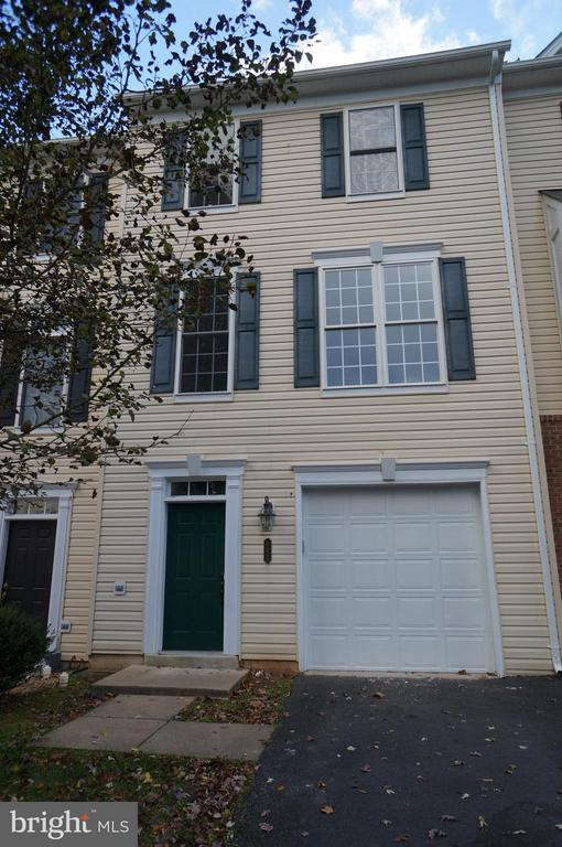 Front Facade - 847 FAIRVIEW VILLAGE CT #10, CULPEPER