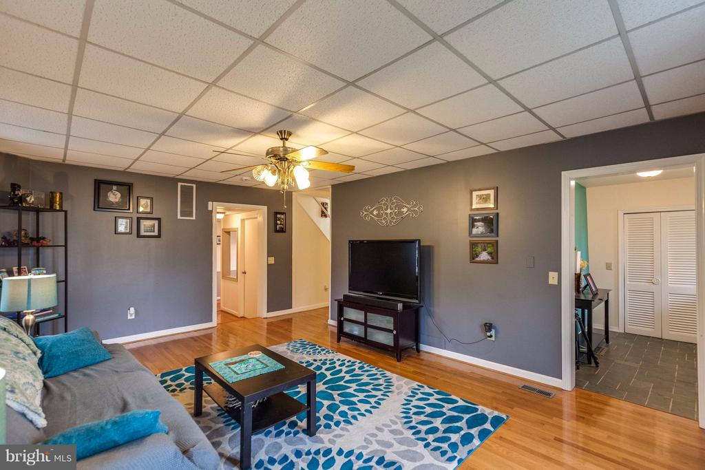Family Room - 25453 HIGHFIELD RD, CASCADE
