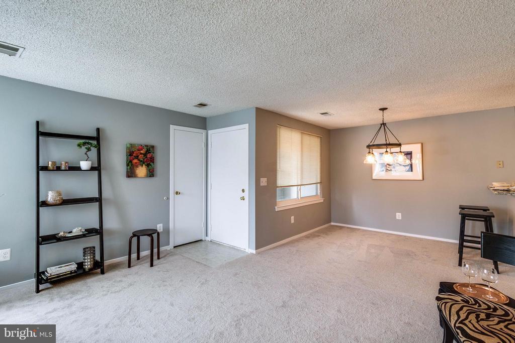 Living Room - 1506C SUMMERCHASE CT #1506 #C, RESTON