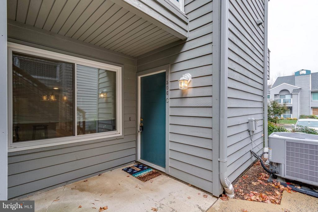 patio and door to the storage - 1506C SUMMERCHASE CT #1506 #C, RESTON