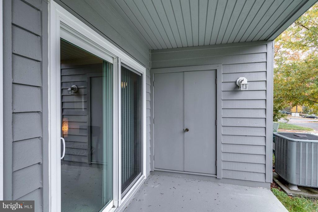 patio v - 1506C SUMMERCHASE CT #1506 #C, RESTON