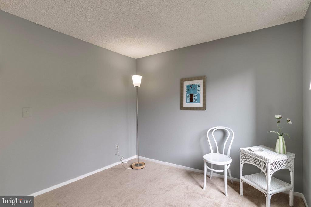 another view - 1506C SUMMERCHASE CT #1506 #C, RESTON