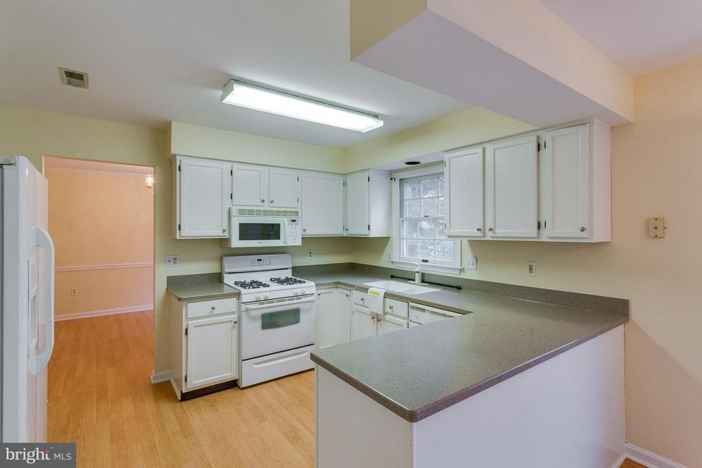 Kitchen - 1 OAKBROOK CT, STAFFORD