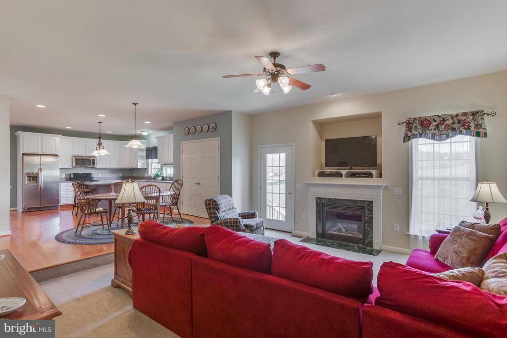 Family Room off Kitchen with Gas Fireplace - 51 EQUESTRIAN DR, STAFFORD