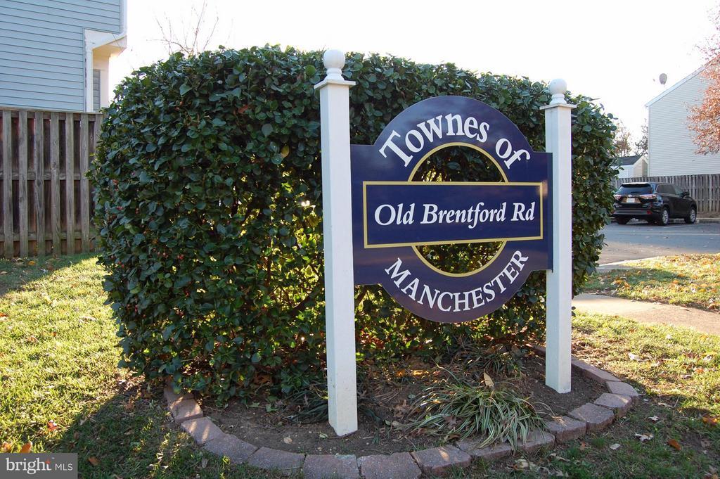 Community - 7017 OLD BRENTFORD RD, ALEXANDRIA