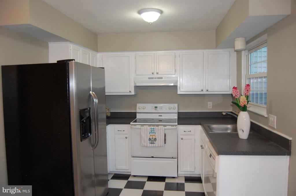 Kitchen - 7017 OLD BRENTFORD RD, ALEXANDRIA