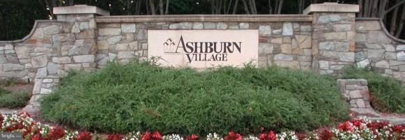 Desirable Ashburn Village location. - 44025 ABERDEEN TER, ASHBURN