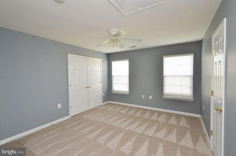 Third Bedroom - 405 HEARTWOOD CT, PURCELLVILLE