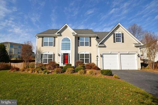 405 HEARTWOOD CT