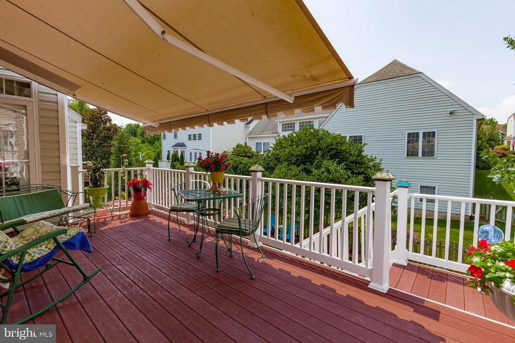 Deck with remote awning - 2595 BEAR DEN RD, FREDERICK