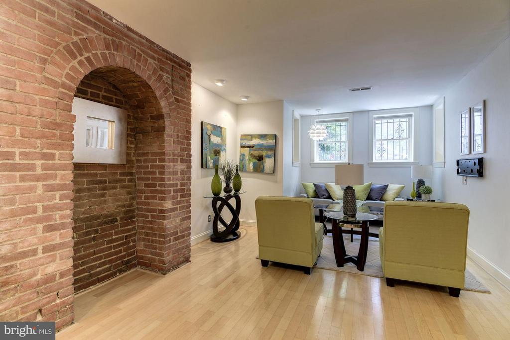 Exposed Brick and Great Ceiling Height - 1217 N ST NW #1, WASHINGTON