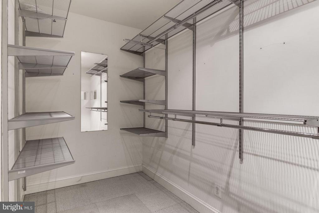 Spacious Master Closet with Custom ELFA Shelving - 1217 N ST NW #1, WASHINGTON