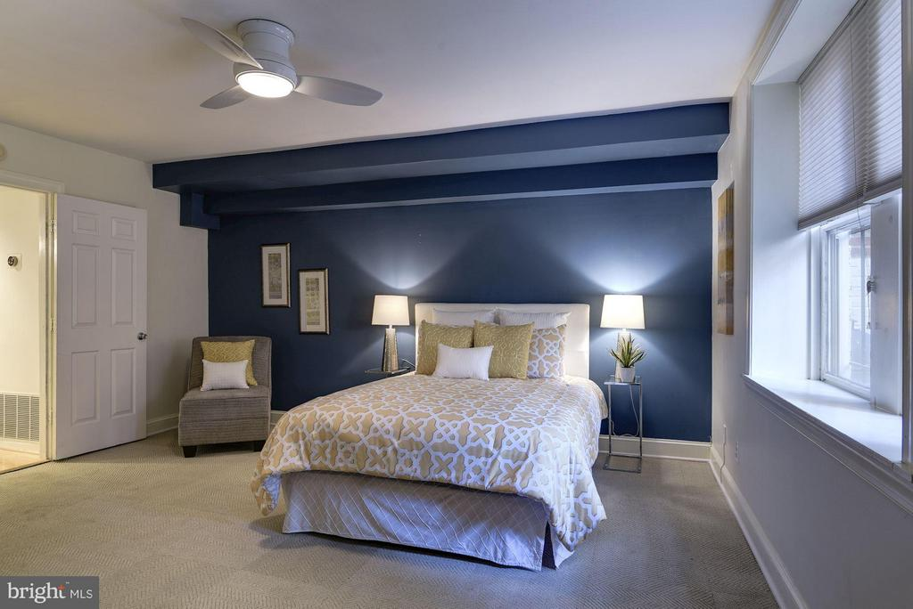Carpet throughout Bedrooms - 1217 N ST NW #1, WASHINGTON