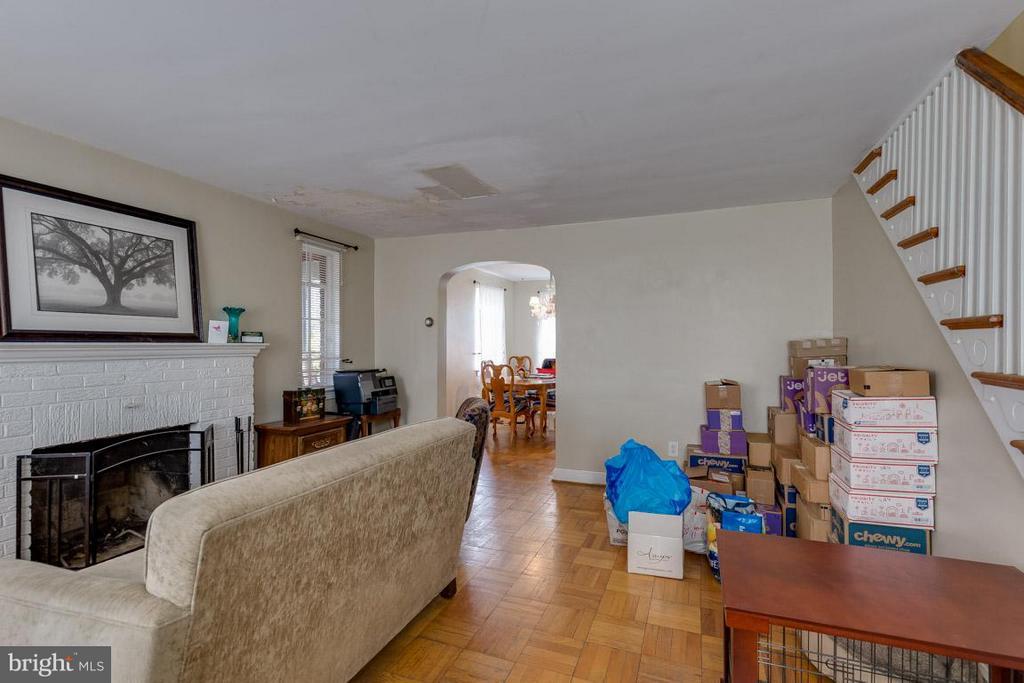 Living Room - 817 DEVON PL, ALEXANDRIA