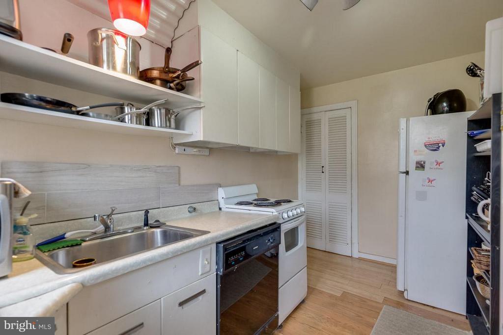 Kitchen - 817 DEVON PL, ALEXANDRIA