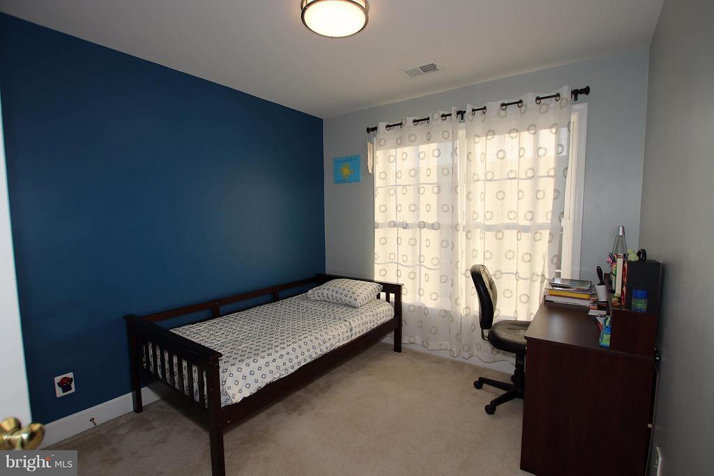 3rd bedroom - 2464 TERRA COTTA CIR, HERNDON
