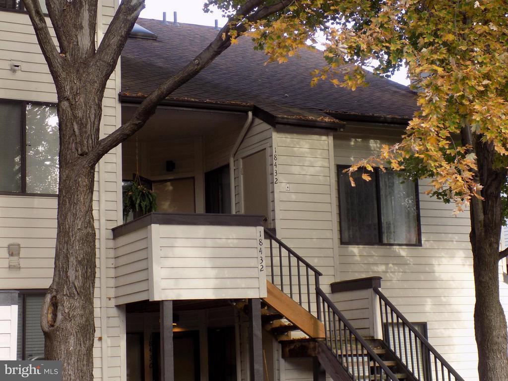 Welcome Home! - 18432 BISHOPSTONE CT #306, GAITHERSBURG