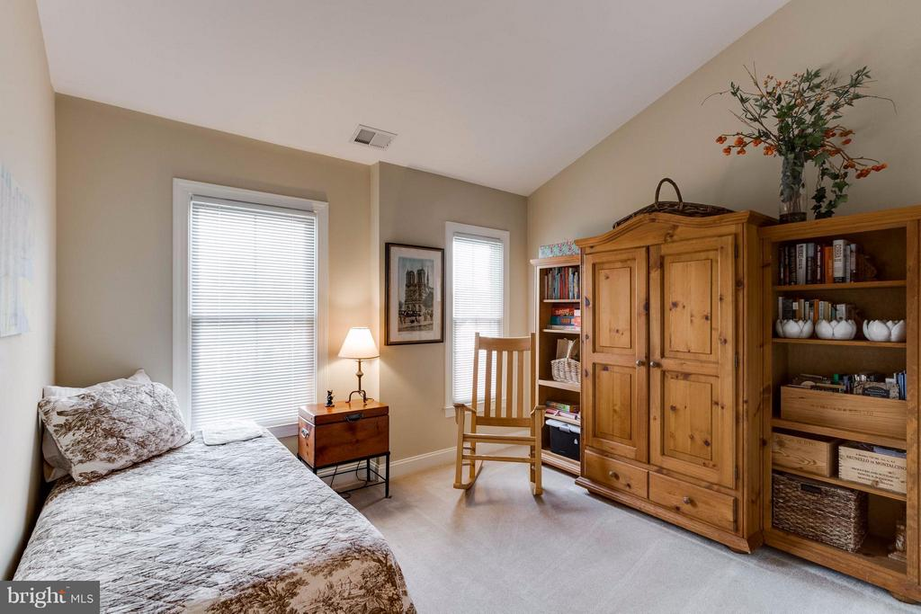2nd Bedroom - 11487 GLADE MEADOW DR, FAIRFAX