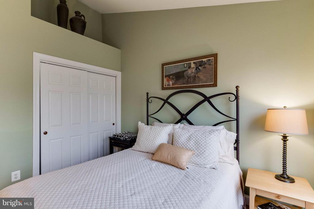 3rd Bedroom - 11487 GLADE MEADOW DR, FAIRFAX
