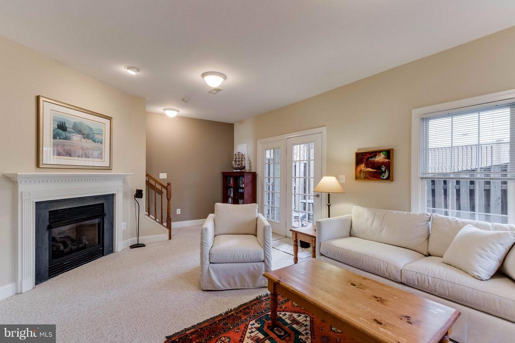 Family Room - 11487 GLADE MEADOW DR, FAIRFAX