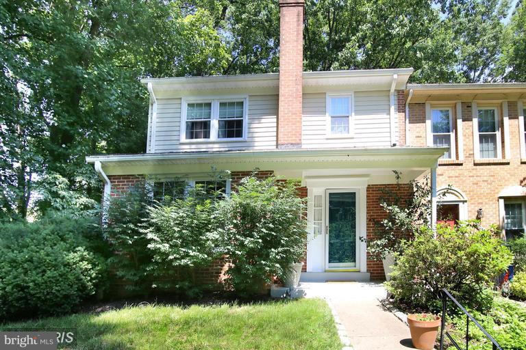 Burke Homes for Sale -  Custom,  9601  BLINCOE COURT