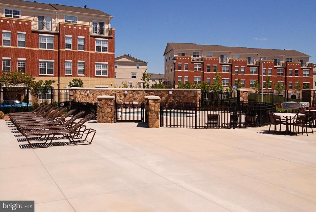Brambleton Community Center Kiddie Pool - 22642 VERDE GATE TER #4G, ASHBURN