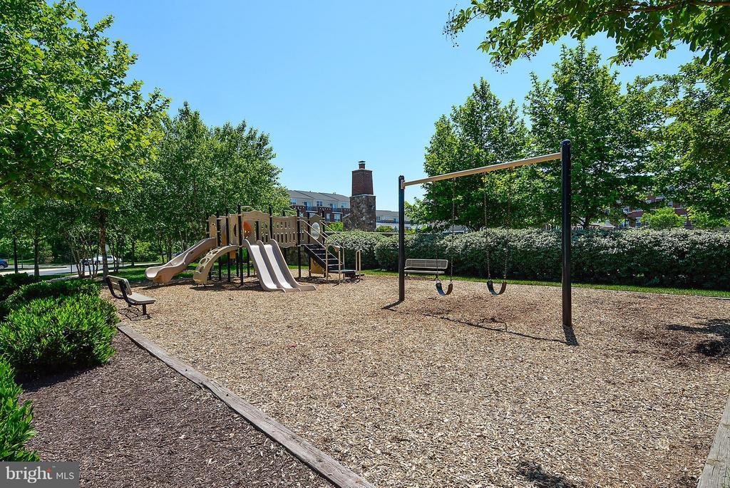 Brambleton Playground - 22642 VERDE GATE TER #4G, ASHBURN