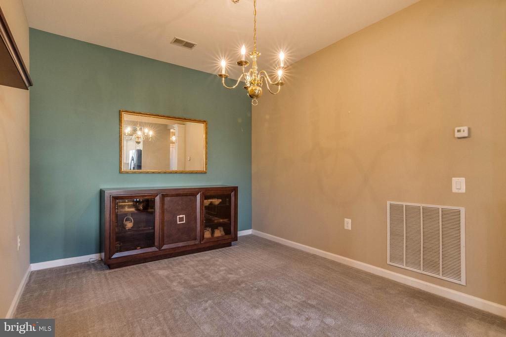 Dining Room is carpeted with center light - 1 ASPEN HILL DR #50, FREDERICKSBURG