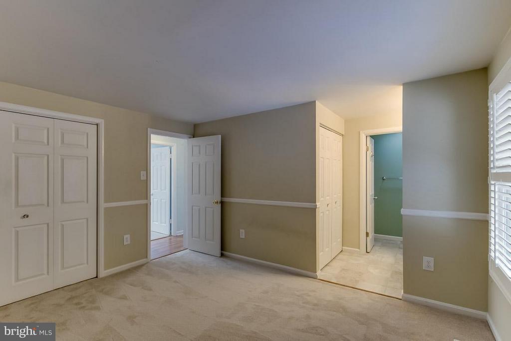 Bedroom (Master) - 9666 SPRINGS RD, WARRENTON