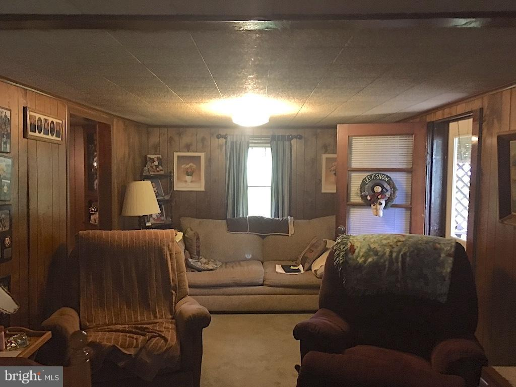 Additional photo for property listing at 31922 Great Cove Rd  Fort Littleton, Pennsylvania 17223 United States