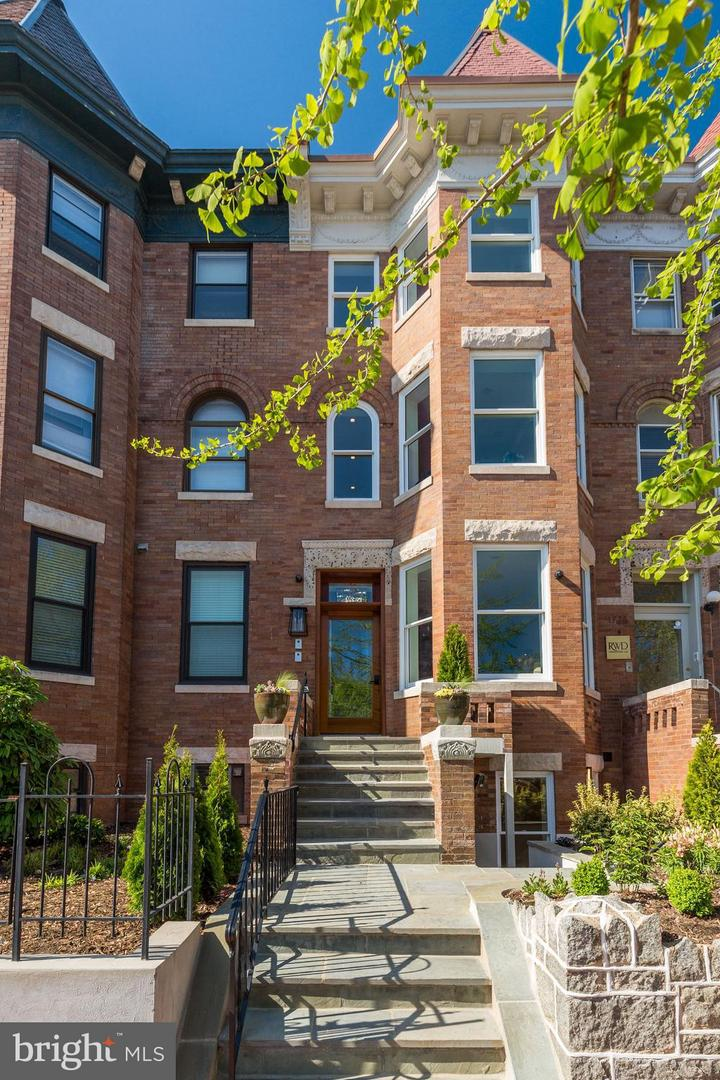 Single Family Home for Sale at 1777 T St Nw #Ph5 1777 T St Nw #Ph5 Washington, District Of Columbia 20009 United States