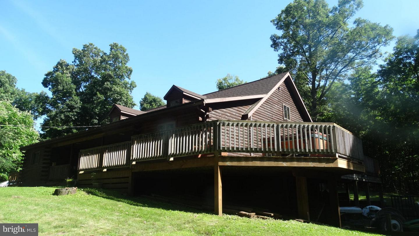 Single Family for Sale at 1994 Waltz Rd Big Cove Tannery, Pennsylvania 17212 United States