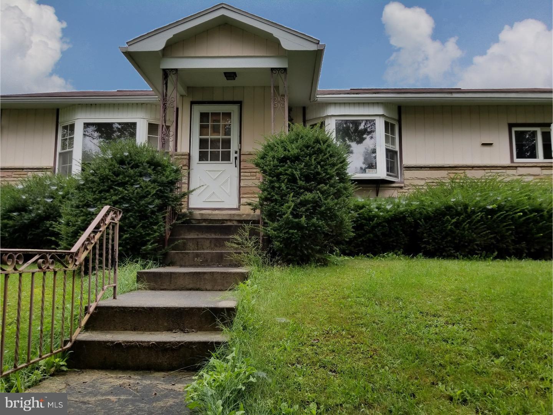 独户住宅 为 销售 在 3901 SWEET ARROW LAKE Road Pine Grove, 宾夕法尼亚州 17963 美国