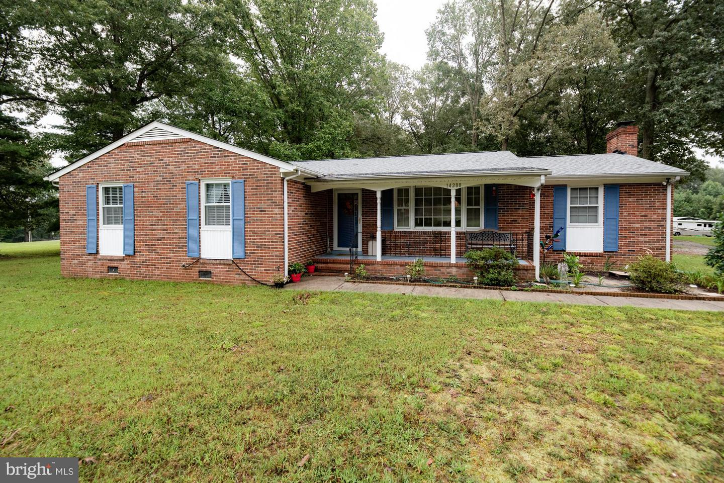 Single Family for Sale at 14288 Devils Three Jump Rd Milford, Virginia 22514 United States