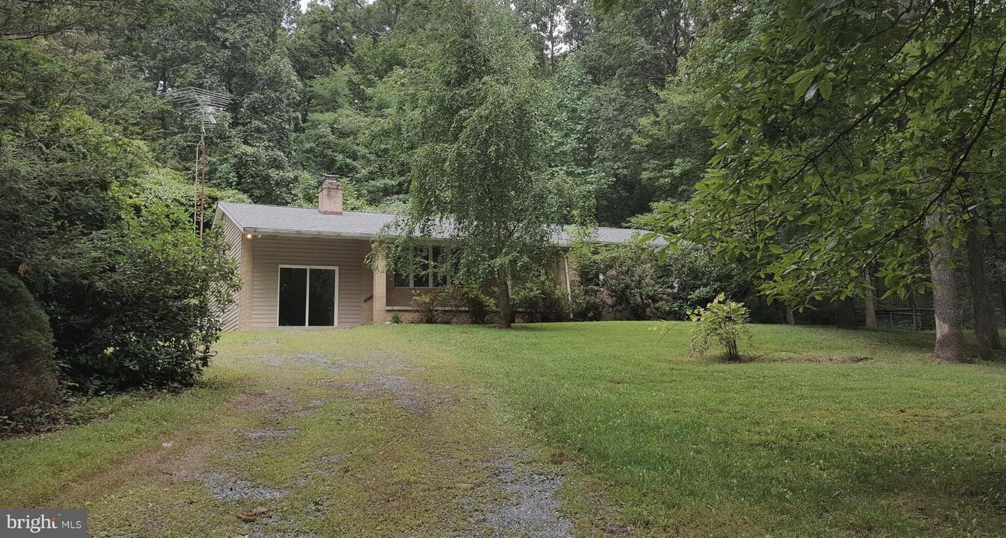 Single Family for Sale at 14506 Brown Rd Sabillasville, Maryland 21780 United States