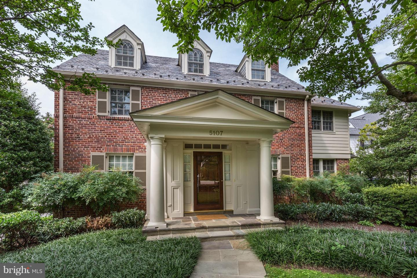 Photo of home for sale at 5107 Moorland Lane, Bethesda MD