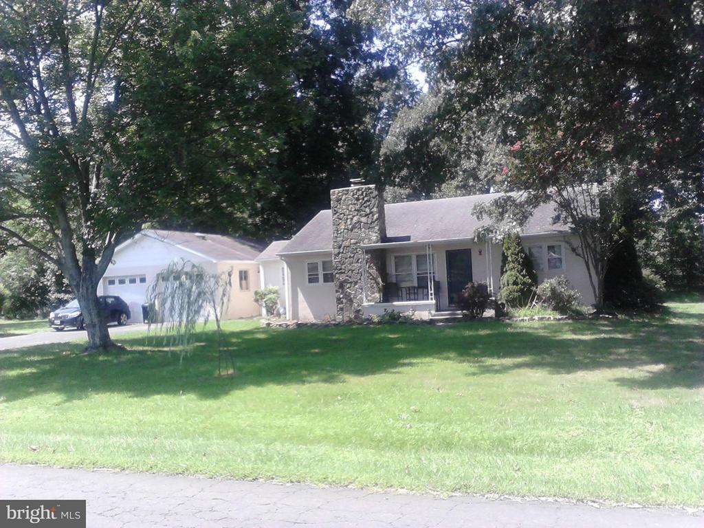 4042  WHITING ROAD, Marshall in FAUQUIER County, VA 20115 Home for Sale