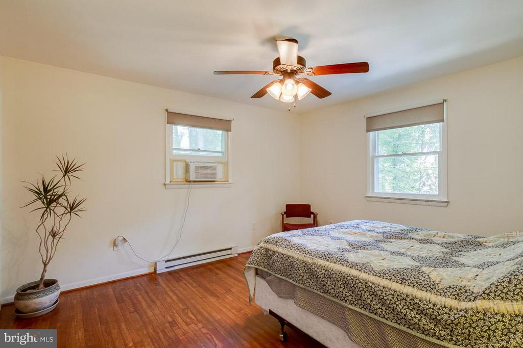 3rd Bedroom - 20375 FURR RD, ROUND HILL