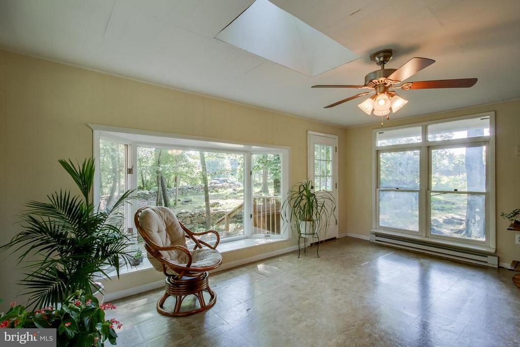 Sunroom - 20375 FURR RD, ROUND HILL