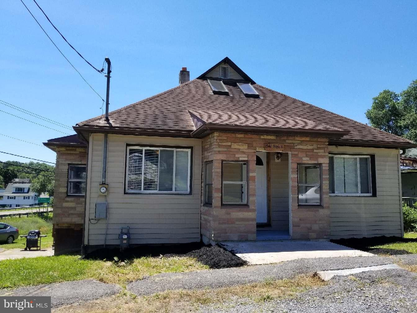 Single Family for Sale at 25w Maple St Wiley Ford, West Virginia 26767 United States