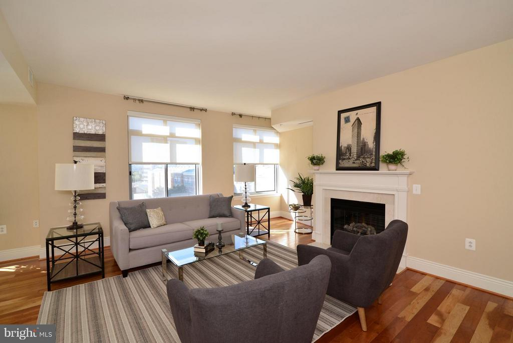 Living Room - 11990 MARKET ST #512, RESTON