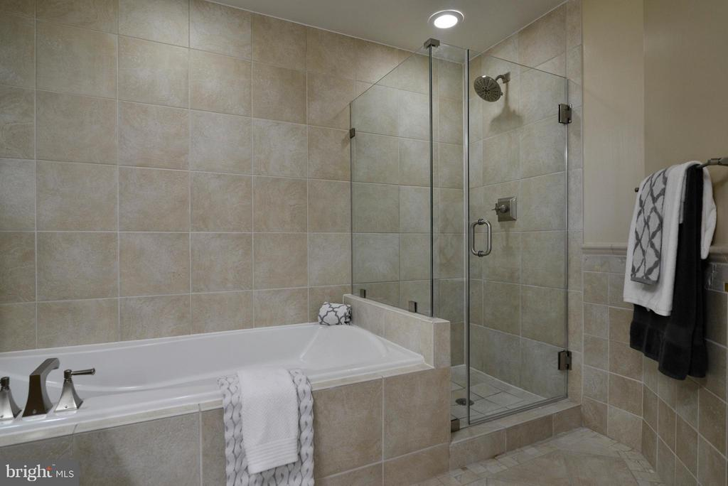 Bedroom (Master) - 11990 MARKET ST #512, RESTON